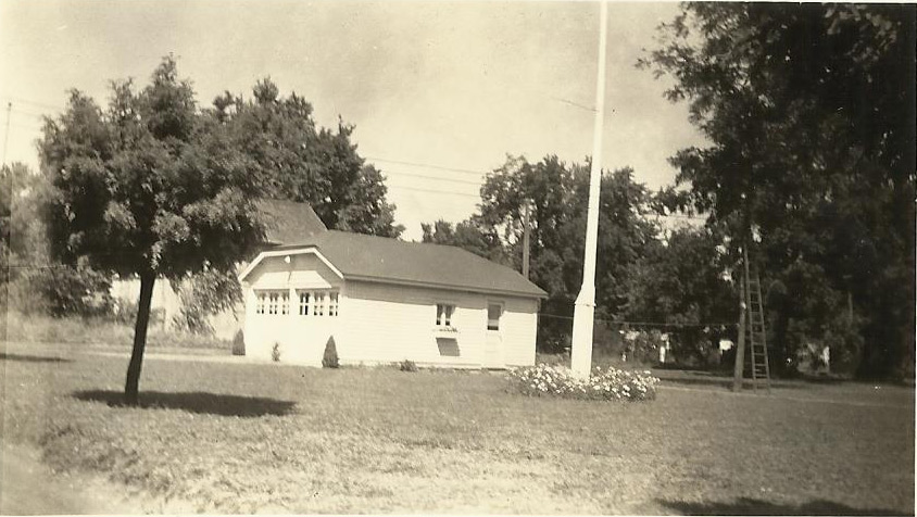 O.H. Vivell's garage in Carrollton