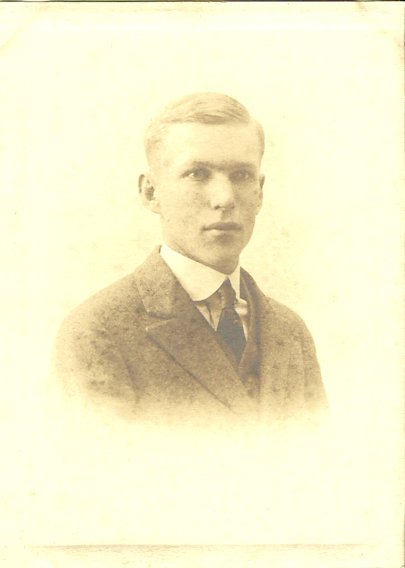 Victor Clark 1916 High School Picture