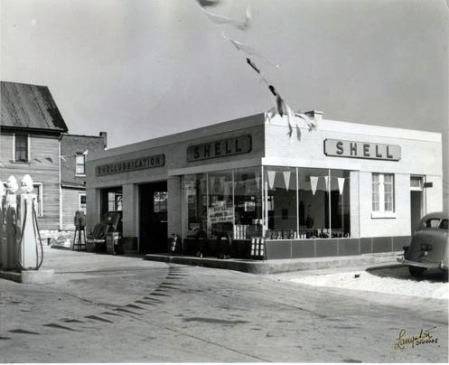 Victor Clark Shell Station, Joliet, Illinois