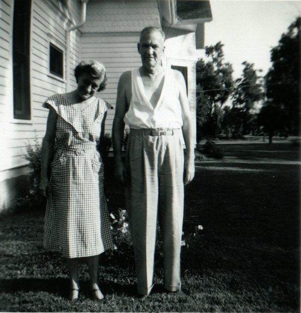 Victor and Violet Clark 623 School Street, Carrollton, Illinois