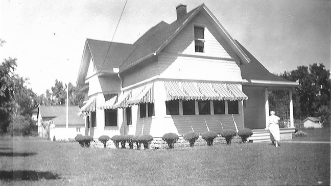 Vivell House pre-1944 Carrollton, IL